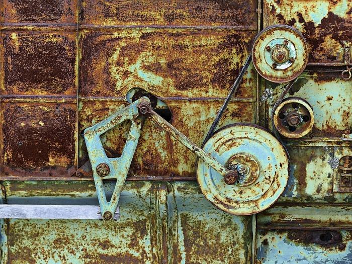 rusty-185531_960_720